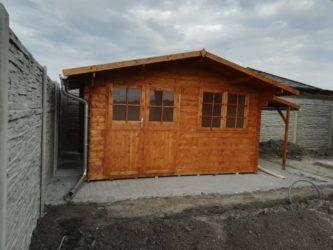 stavba zahradních chatek